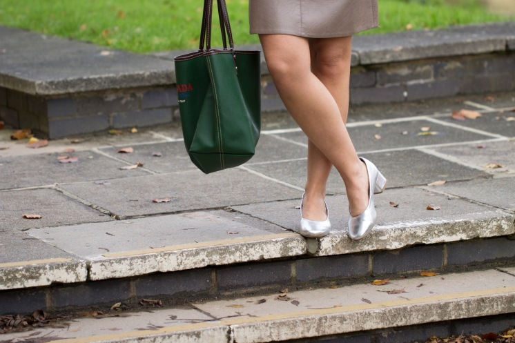 http://www.asos.com/new-look/new-look-metallic-block-heel-ballet-pump/prd/7226739?iid=7226739&clr=Silver&SearchQuery=new%20look%20shoes&pgesize=29&pge=0&totalstyles=29&gridsize=3&gridrow=7&gridcolumn=2