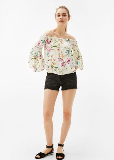 https://www.bershka.com/gb/woman/trends/off-the-shoulder/off-the-shoulder-blouse-with-ruche-detail-c1010207006p101041566.html?colorId=712
