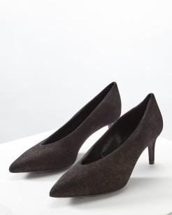 http://www.jigsaw-online.com/product/maisy-v-front-shoe/J31259_YE004