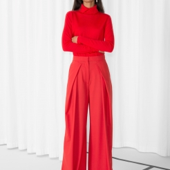 http://www.stories.com/gb/Ready-to-wear/All_ready-to-wear/Wide_Leg_Trousers/590771-0513045001.2