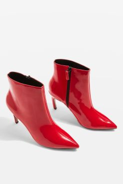 http://www.topshop.com/en/tsuk/product/hot-toddy-pointed-boots-6883673?bi=20&ps=20