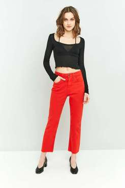 https://www.urbanoutfitters.com/en-gb/shop/bdg-kick-red-jeans?category=SEARCHRESULTS&color=060